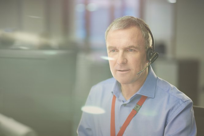 Man ensures customers and co-workers get an excellent contact center experience.