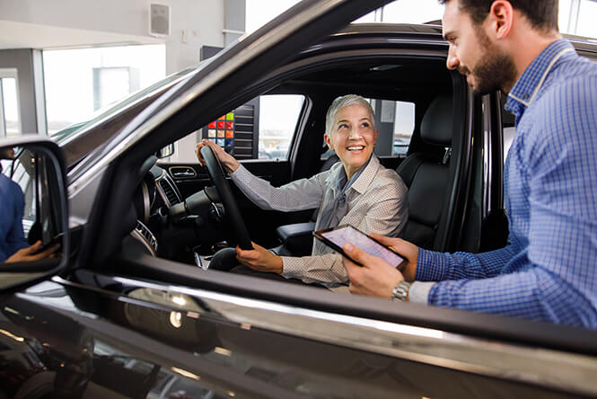 how an omnichannel contact center helps car dealers earn consumer