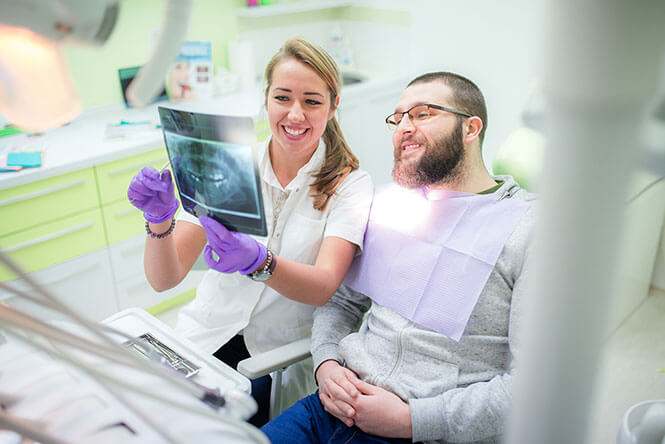 A dentist improves her patient's experience through Zoho CRM integration